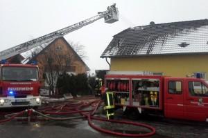 Wohnhaus brennt in Klinga