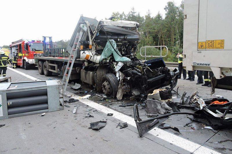 Gefahrgutunfall Auf Der A14 Freiwillige Feuerwehr Klinga