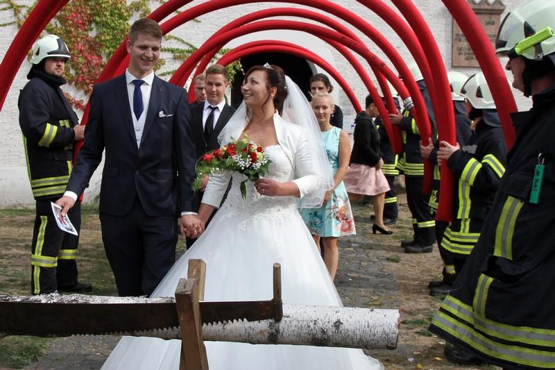 Hochzeit Mit Blaulicht Freiwillige Feuerwehr Klinga